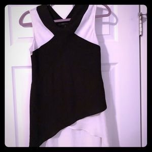 Black & white BCBGMaxAzria high-low shirt